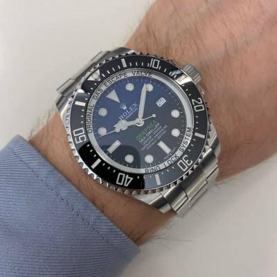 ROLEX Sea-Dweller DeepSea ( Deep Blue Dial ) 116660